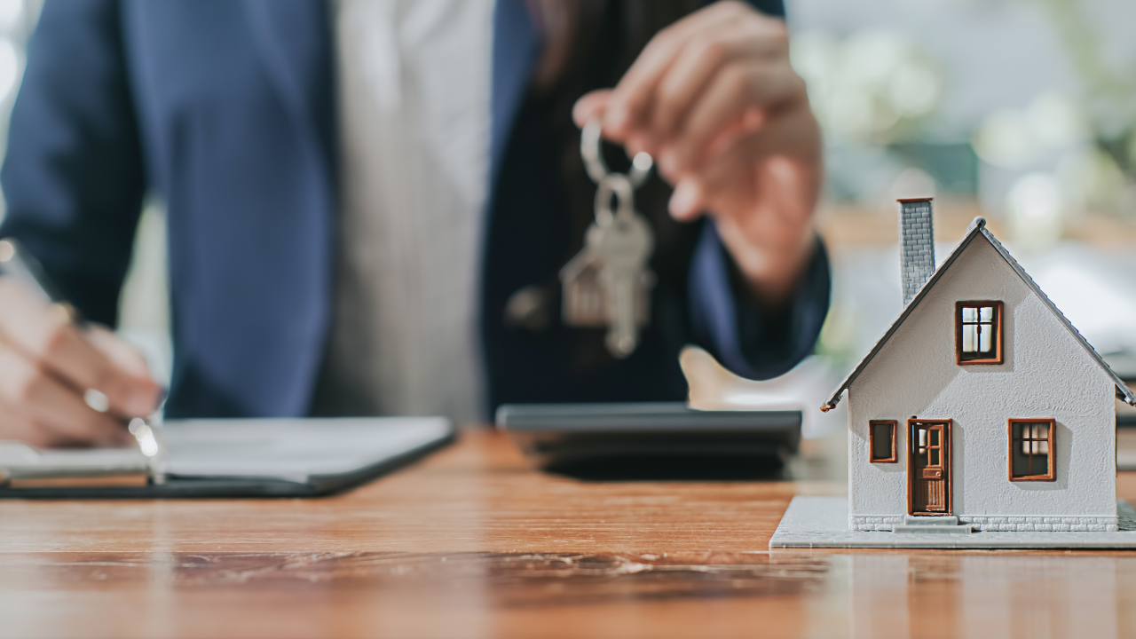 How to Start a Real Estate Startup in 2021?